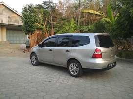 Dijual Nissan Livina SV th 2011 silver