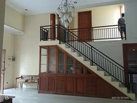 Rumah Mewah 138 m² (3 Lantai) Madu Indah Tohudan Colomadu Karanganyar