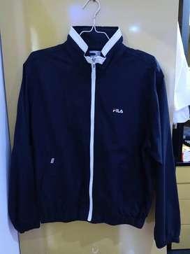 Jacket branded luar negeri (kondisi baru)