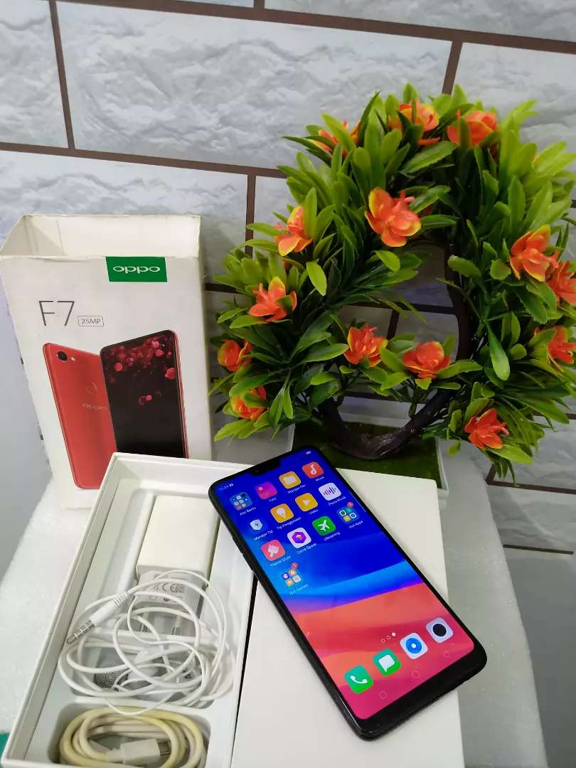 OPPO F7 4/64GB full set 0
