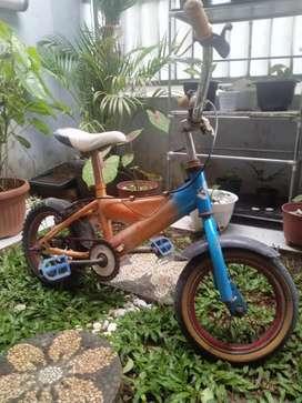 Sepeda bekas masih layak pakai