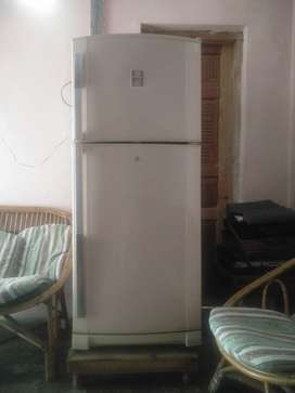 Dawlance refrigerator 9170B for sale