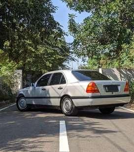 Mercedes-Benz W202 C200 96 A/T