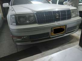 Headlights for Toyota Crown HID crystal 95-99 models. No SMS