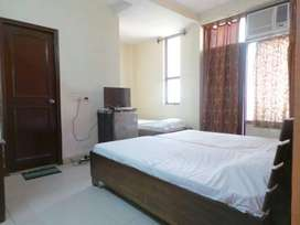 Fully Furnished 1 RK in DLF Phase 3