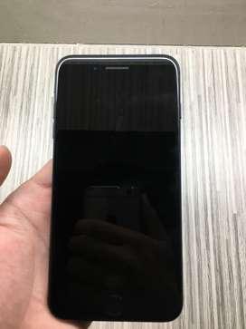 Iphone 8 Plus 64 GB ZP/A NEGO