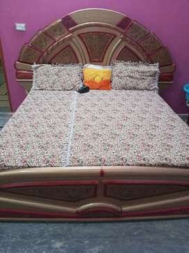 Double bed Full size with Dressing and side tables