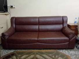 5 seater sofa full leather in good condition and comfortable