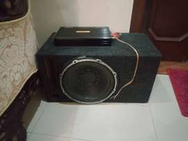 Pioneer subwoofer with amp