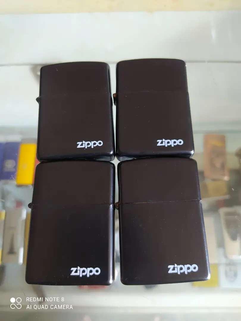 korek ai model zippo black matte logo