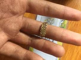 Cincin emas berlian eropa motif tangga