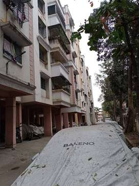 good flat with availability of daily need