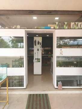 Aquarium shop