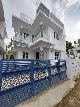 Ready to occupy 3 bhk 1400 sqft house at  varapuzha near thirumuppam