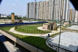 @Centrally located% apartment 982sqft/ Available in Gr. Noida West