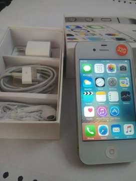 I phone four S 32gb smart device