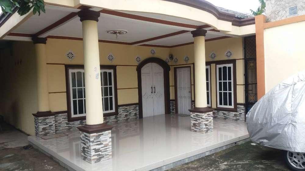 rumah murah strategis dengan halaman luas