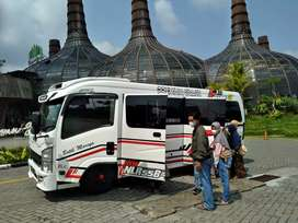 Minibus seat 31 Sewa mobil elf Hiace bus Sewa bus Haice seat 15 elf