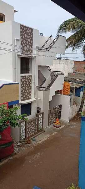 2BHK for lease(Pure vegetarian only)