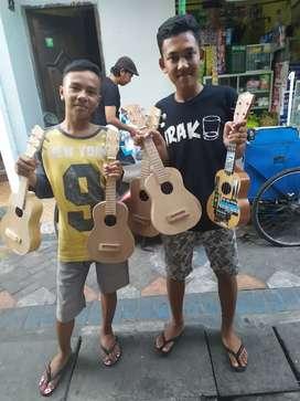 Gitar kentrung polosnya