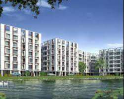 RESIDENTIAL COMPLEX WITH A NATURAL POND