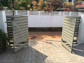 Automatic gate technitian