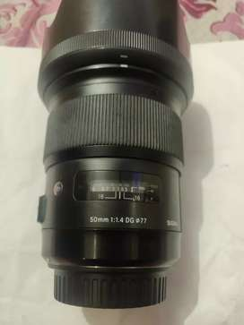 Sigma 50mm(c) 1.4 A series latest lens brand new condition 5 month old