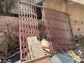 Iron channel gate