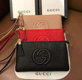 Clutch Gucci wanita