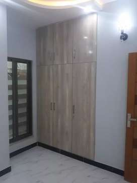 13 Marla Upper Portion Is In Bahria Town Lahore On Rent