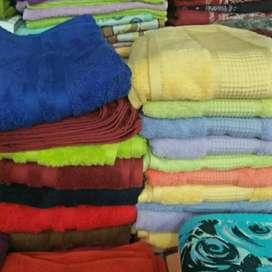 Handuk mandi murah bahan katun lembut dan nyaman di gunakan