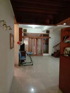 Rumah Cocok Untuk Kos-kosan Dekat STAN Bintaro di Bintaro Sektor 5