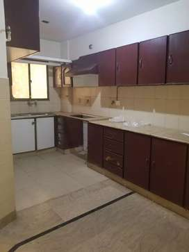 3 bed room flat with lift