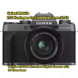 Fujifilm X-T200 Mirrorless Digital Camera with 15-45mm Lens bisa Kredi