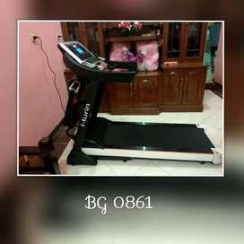 Treadmill Elektrik i Turin // Oswald DR 18C62