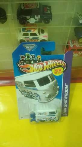 Hot wheels kool kombi biru ombak