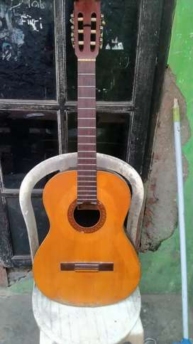 Gitar KAEBU BOROBUDUR