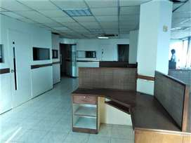 1650 Sqft FURNISHED OFFICE ON 135000 MONTHLY RENTAL INCOME GULBERG