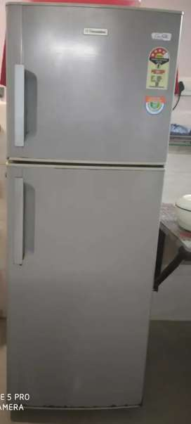 Double door 240 litre Electrolux fridge.. Fixed price