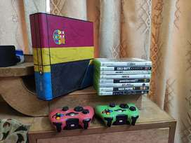 Xbox 360 E -2018 with 2 controllers