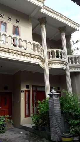 Rumah 2 lantai siap huni