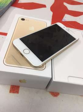 6month sellers warranty iphone 7 32gb with bill box