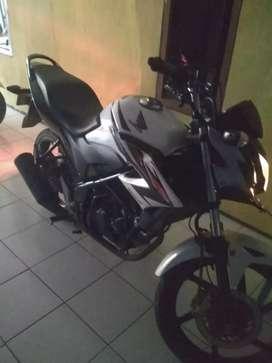 Honda, CB150R ,warna putih