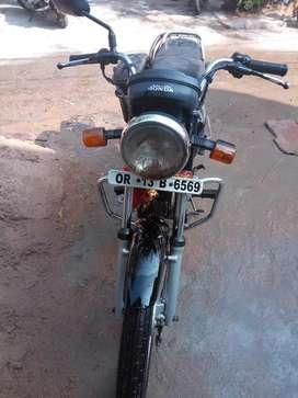 Black colour ,100cc engine