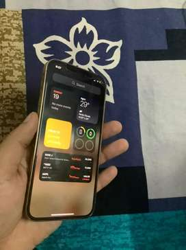 iphone 12 pro 5 months old new condition no scratch or dent