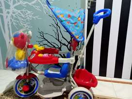 Sepeda Bayi (kombinasi merah biru)