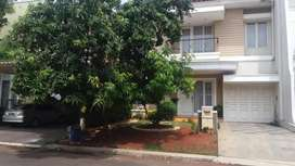 Dijual Cepat Rumah 2 lt di Alam Sutera Tangerang