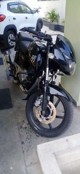 Pulsar 180 good condition new tires