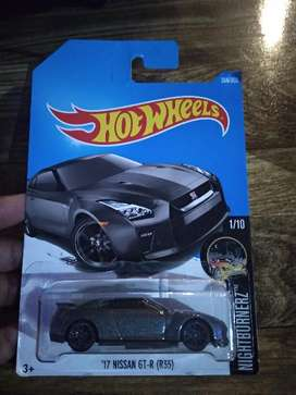 Hot Wheel Nissan GT-R grey