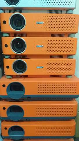Sanyo Multimedia Projectors for sale in Jeff Heights